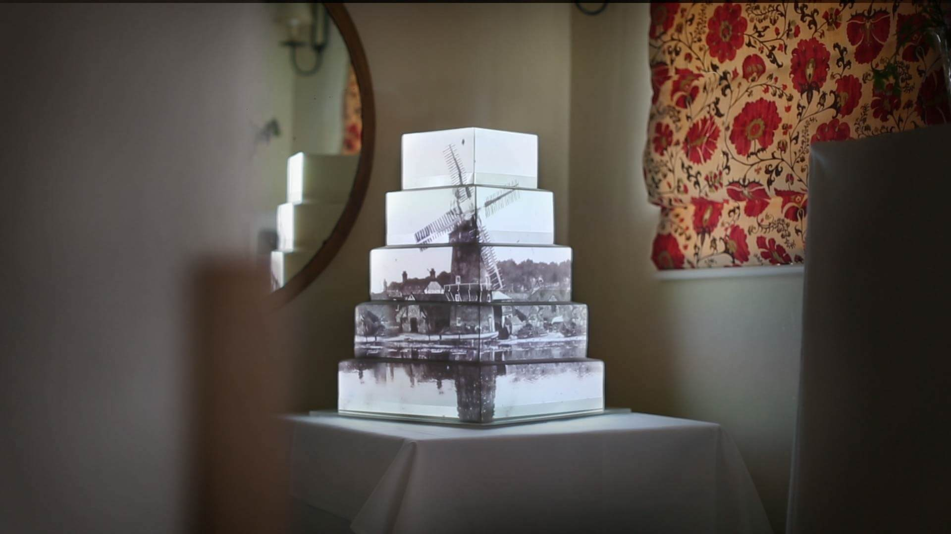 vintage-windmill-cake-mapping-projection.jpg