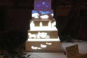 projection-fairytale-wedding-cake-mapping.jpg